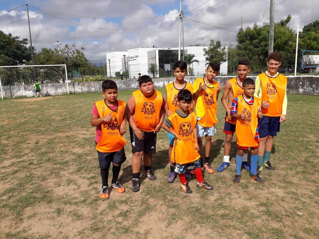 Crianças do projeto Ceasa em Campo ganham festa em Maracanaú