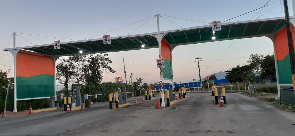 Ceasa-CE instala coberta na saída do entreposto de Maracanaú
