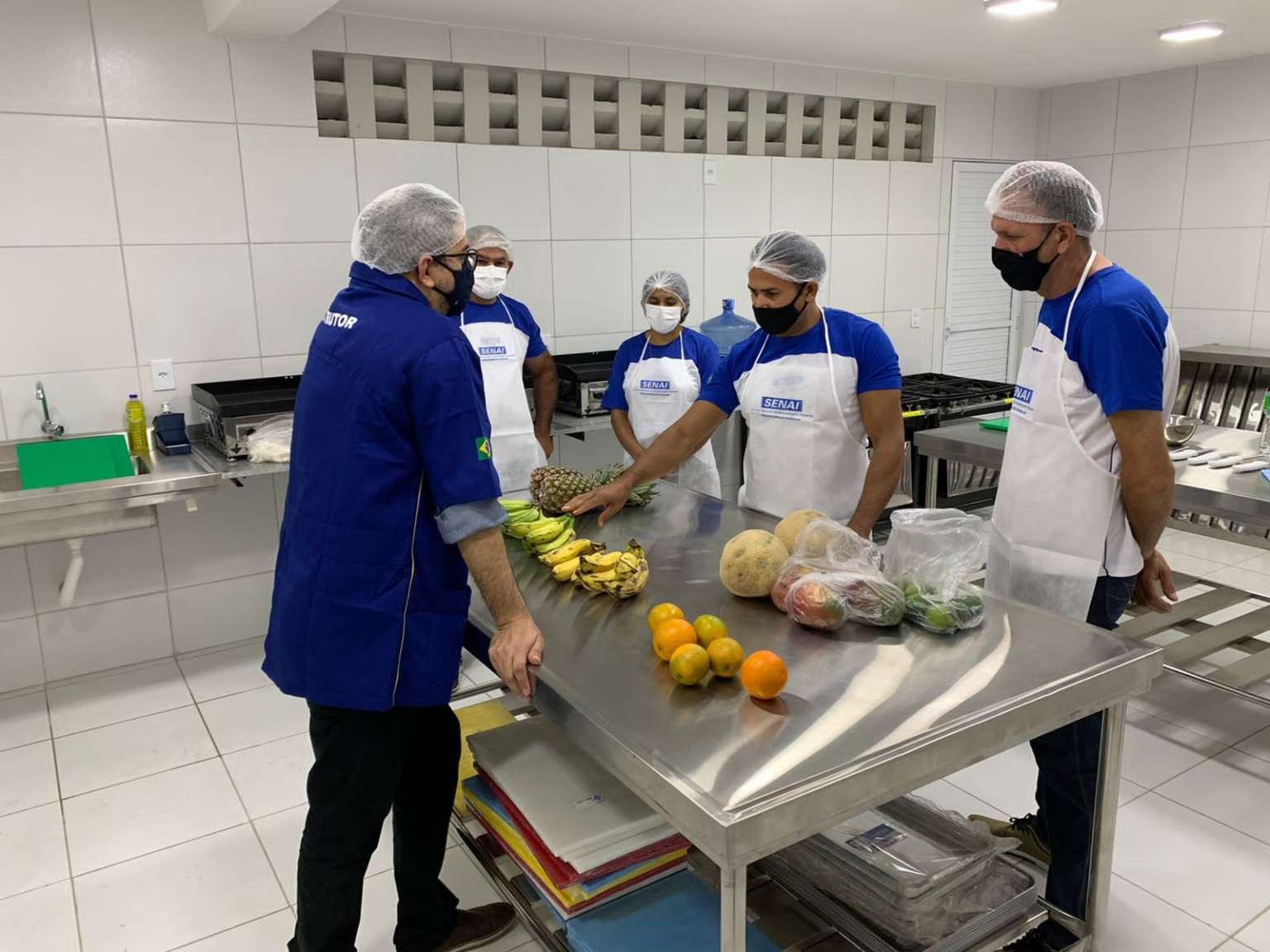 Governo do Ceará e Senai realizam cursos de qualificação para colaboradores e beneficiados do Mais Nutrição
